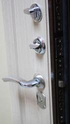 Дверь стальная 2 замка, 2 контура упл.