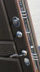 Дверь стальная 3 контура уплот., 2 замка Кале